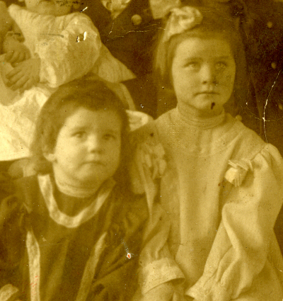 lottieandcatherinehall-1907